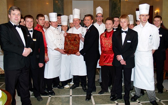 2007 Award-Hand-Out - Caviar Bar & Restaurant