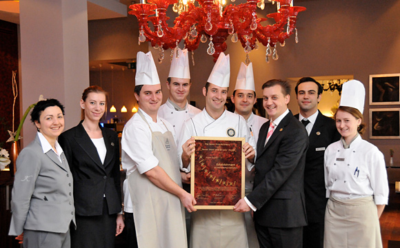 2011 Le Grill Restaurant - Seven Stars And Stripes - Award-Hand-Out