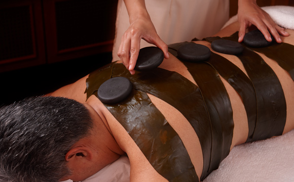 La Sant� - Seaweed Hot Stone Massage
