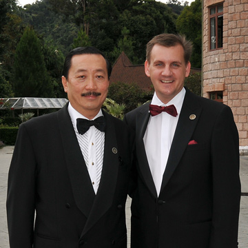 Tan Sri Dato� Seri Vincent Tan & Thorsten Buehrmann